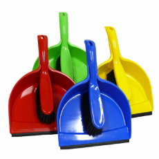 DUSTPAN & BANISTER SET