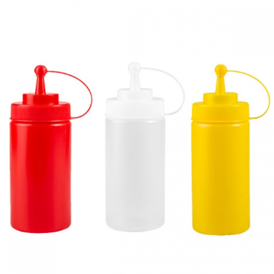 SQUEEZE BOTTLE RED 472ml WITH CAP