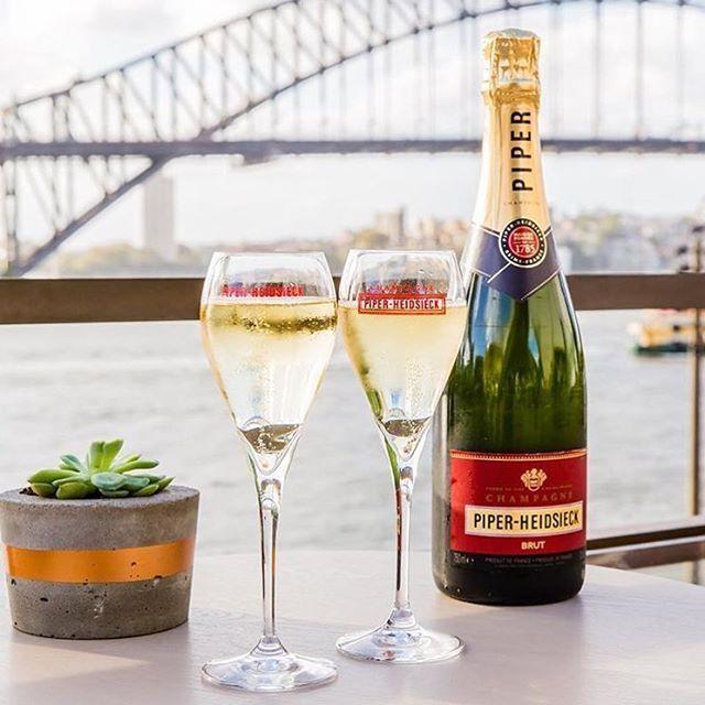 champagne glasses online